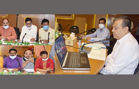 স্বাস্থ্যবিধি নিশ্চিত করে পূজা উদযাপন করতে হবে : জেলা প্রশাসক