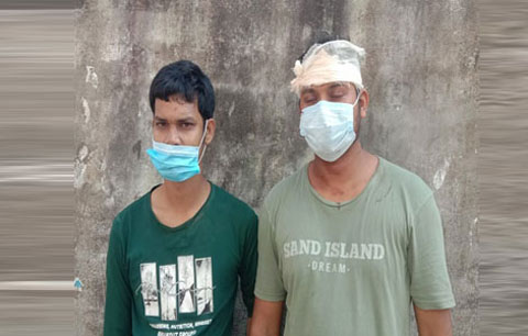 শামসুজ্জোহা স্কুলের শিক্ষককে কুপিয়ে জখম