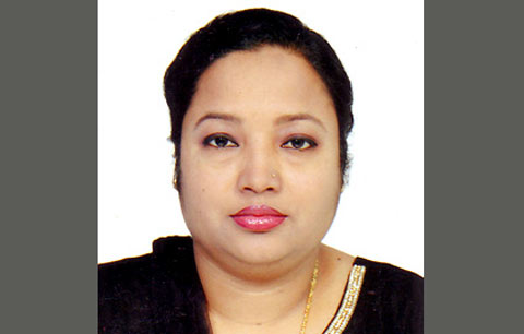 সোনারগাঁয়ে 'রাক্ষুসি রক্ত চোষা ধান্দাবাজ'